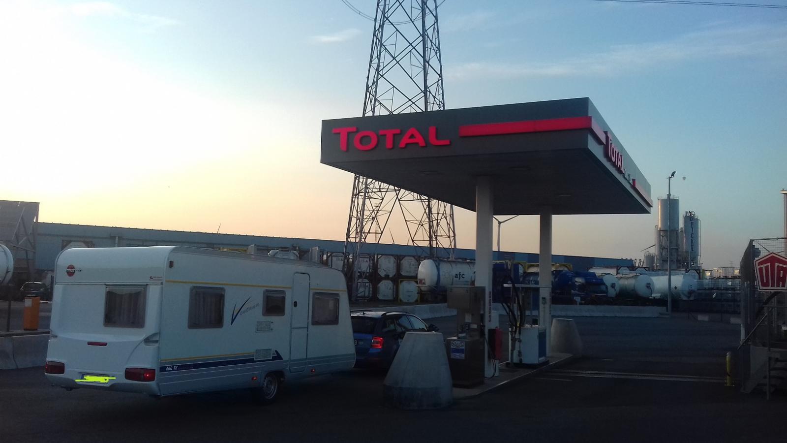 Op bezoek bij Total Kallo.jpg